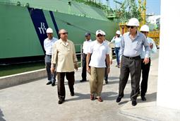 Chairman PQA visited LNG Terminal on 26th April, 2018 - 1