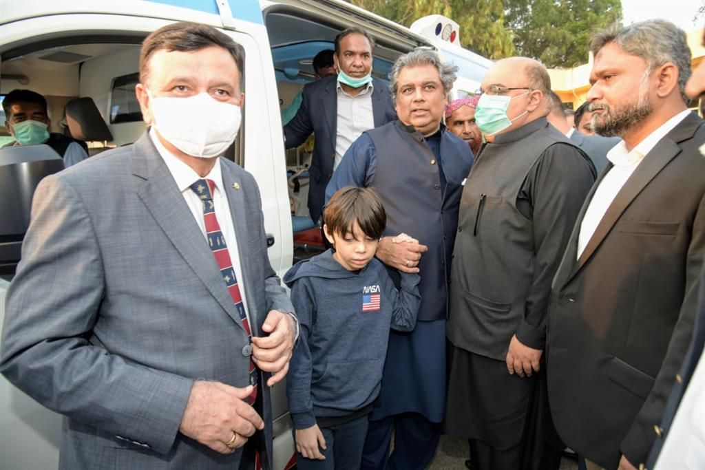 Federal Minister Inaugurated Ambulance Services - 12
